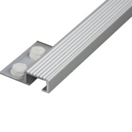 Découvrir Nez de marche aluminium