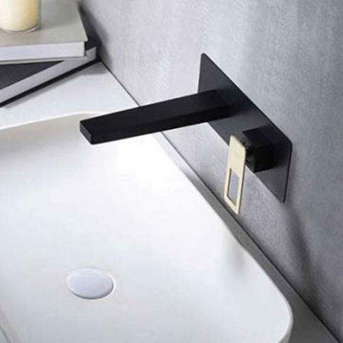 Robinet de lavabo et vasque